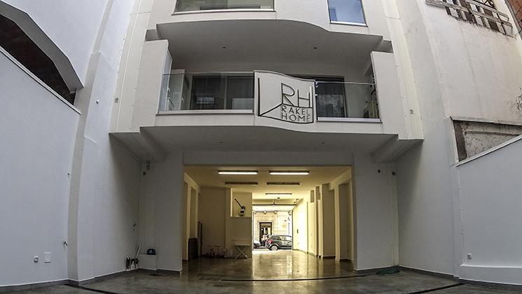 Rakelhome - Vista del Garage del B&B