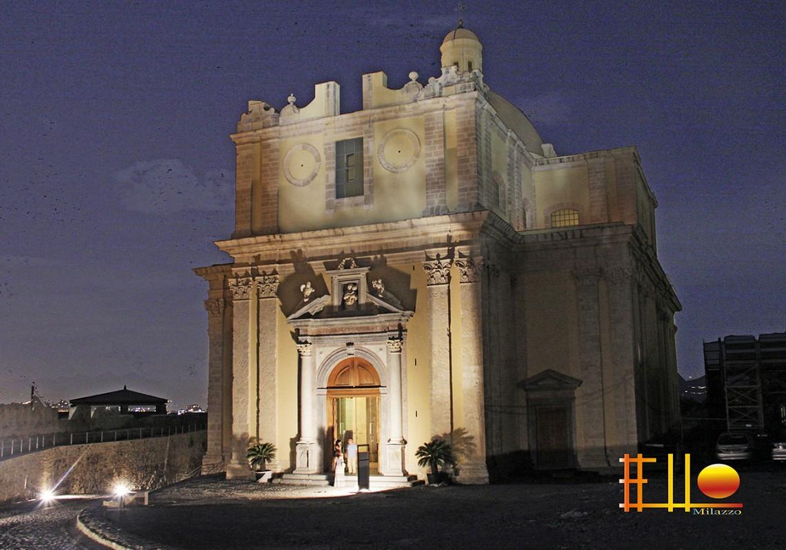 Rakelhome - Il Duomo Antico, all'interno del Castello di Milazzo