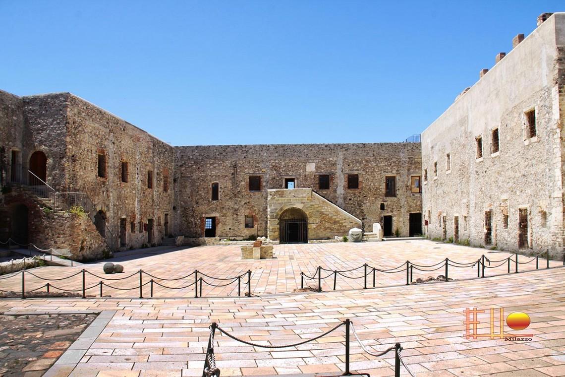 Rakelhome - Il Mastio del Castello